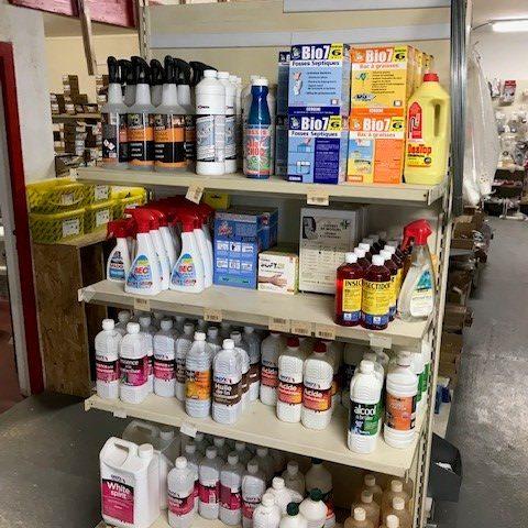 magasin de matériaux de BTP à Chamberet